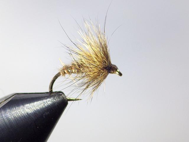 Avozetto webzine pêche mouche montage noyée